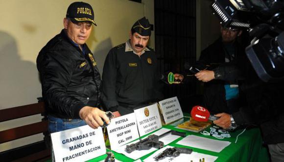 Caen traficantes de terreno con armas de guerra en Jicamarca
