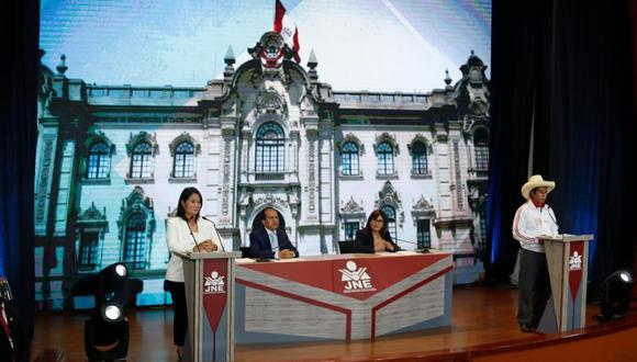 """La Asociación Civil Transparencia exhortó a los partidos políticos y a los medios de comunicación """"a salvaguardar la legitimidad del proceso electoral"""" (Foto: Hugo Pérez / @photo.gec)"""