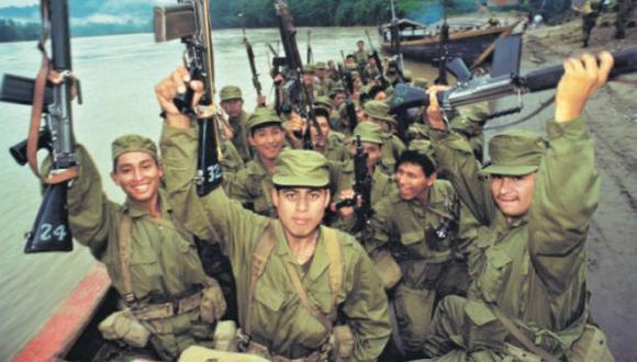 En 1995, el Perú enfrentaba a un enemigo interno, Sendero Luminoso. Cientos de soldados que combatían el terrorismo en el Alto  Huallaga fueron enviados a defender la frontera norte, en el Cenepa. (Foto: Enrique Cúneo/El Comercio)