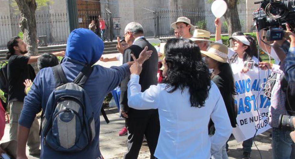 Arequipa: agreden a participantes de concentración por la paz