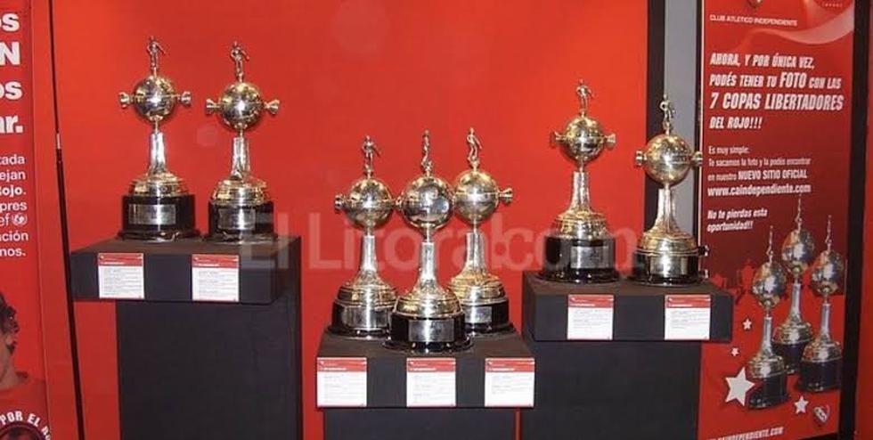Independiente de Avellaneda: El 'Rey de Copas' ganó 7 veces el título. El 'Rojo' se llevó las ediciones de 1964, 1965, 1972, 1973, 1974, 1975 y 1984, cuando fue su última presencia en la gran final.