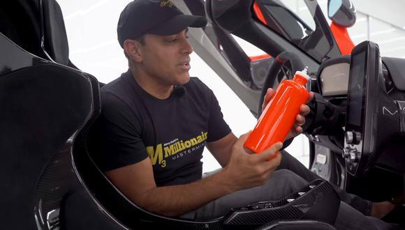 Esta peculiar botella para beber agua del McLaren Senna cuenta con una tecnología utilizada por los pilotos de la Fórmula 1 durante las carreras. (Fotos: YouTube).