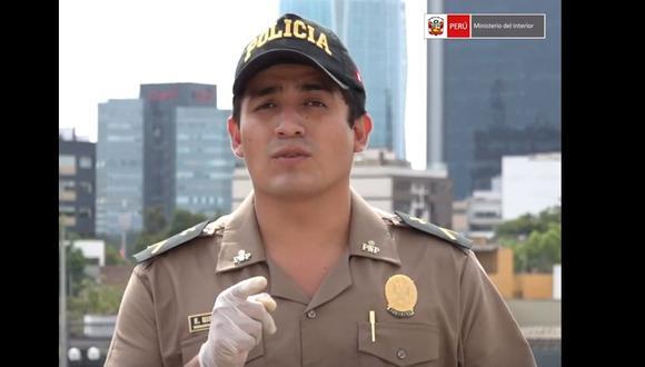 Suboficial Elvis Miranda, quien el año pasado estuvo internado 26 días en el penal de Piura, hace un llamado a la ciudadanía para que acaten el aislamiento social obligatorio para frenar avance de coronavirus. (Captura: Mininter)