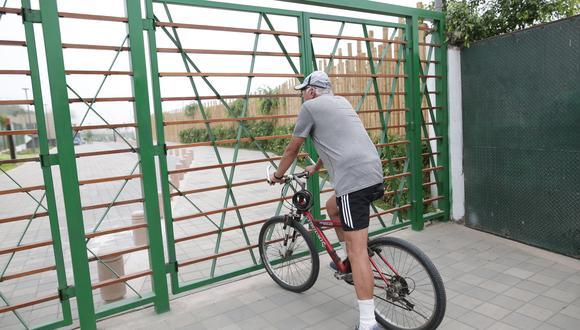 Vecinos de San Isidro denunciaron al alcalde de San Isidro por colocar rejas que impedirán el uso del parque ecológico las 24 horas del día (Foto: Ánthony Niño de Guzmán)