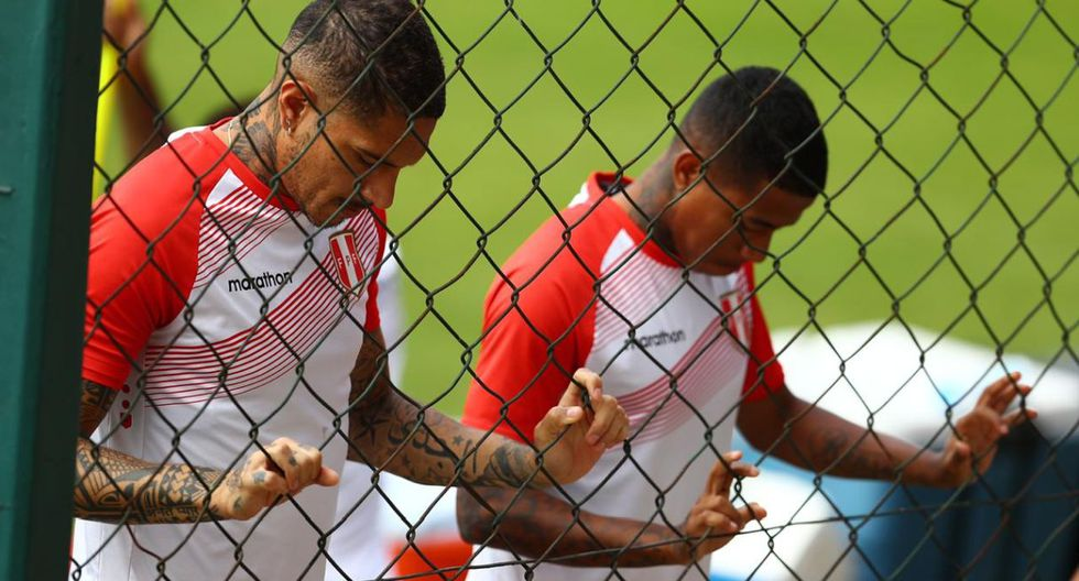 El plantel de la Blanquirroja se entrenó en el CT Barra Funda del Sao Paulo FC. El Perú vs. Brasil define el paso de ambas selecciones a cuartos de final de la Copa América. (Foto: Daniel Apuy / El Comercio)