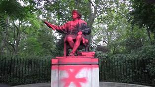 Activistas de Extinction Rebellion manchan la estatua de Colón en Londres