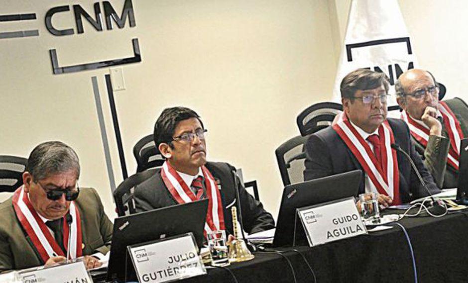 El pleno del CNM decidirá el jueves la suerte de Adolfo Castillo. (Foto: Archivo El Comercio)