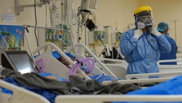 Urge mejorar el nivel de coordinación entre los médicos tratantes de cualquier establecimiento de salud, alerta César Orrego, jefe de la oficina de la Defensoría del Pueblo en Piura. ( Foto: imagen referencial/EFE )