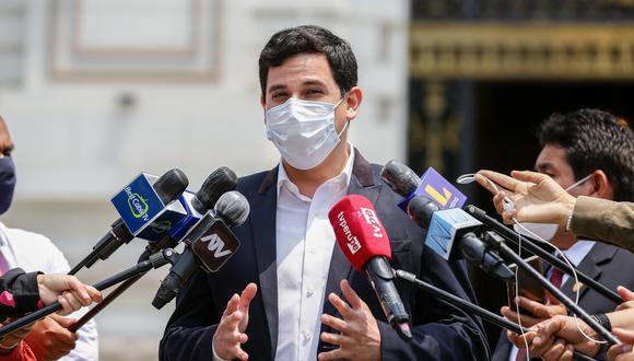 César Combina reiteró su rechazo a la programación de la semana de representación del 25 al 29 de enero. (Foto: GEC)