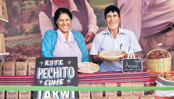 Si desea llegar al puesto donde Jackelin, Pedro y otros agricultores de Huaraz ofrecen sus productos, debe buscar el stand del Fondo Ítalo-Peruano, dentro de El Gran Mercado de Mistura. (Anthony Niño de Guzmán / El Comercio)