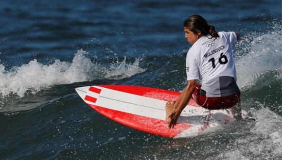 Sofía Mulanovich clasificó a la ronda 3 de Surf tras quedar tercera en el último heat. (Foto: Agencias)