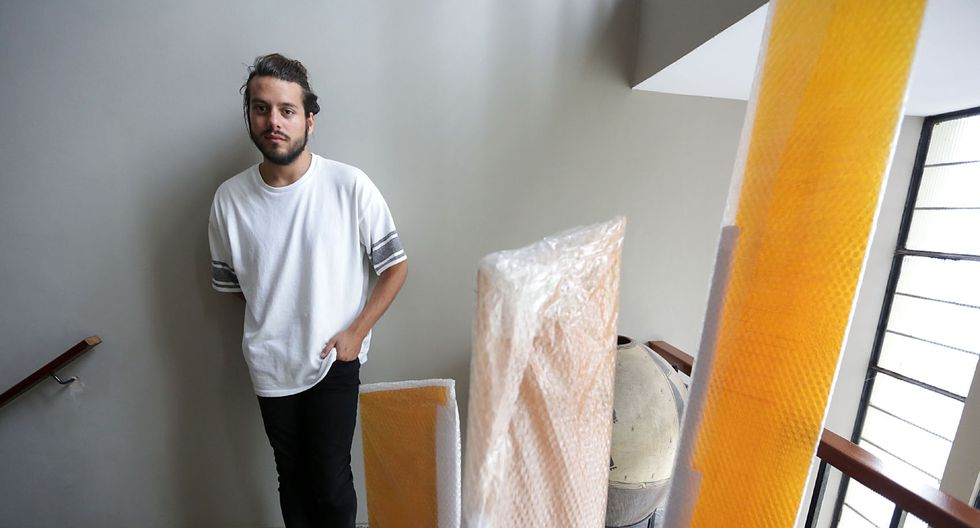 Gerardo Chávez-Maza, graduado de la maestría de arte contemporáneo de la Royal College of Art de Londres. (Foto: Nancy Chappell/ El Comercio)