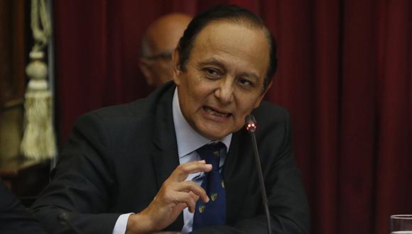 Walter Gutiérrez encabezó la reunión de la Comisión Especial en la sede de la Contraloría General de la República. (Foto: GEC)