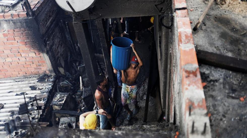 Sao Paulo: Incendio en favela consume medio centenar de casas - 8