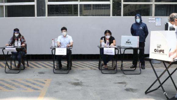 Miembros de mesa, observadores electorales, personeros, personal de ODPE Y ORC, periodistas y la ciudadanía en general, deberán seguir un protocolo de bioseguridad. (Foto: Andina)