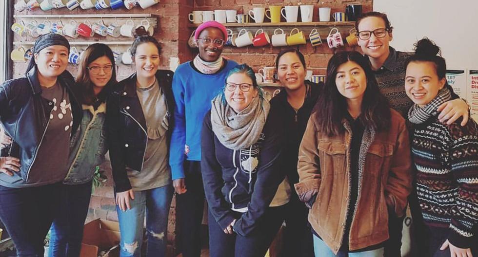 Cierra el café feminista en Australia que cobraba un 18% más a los clientes varones. (Facebook / Handsome Her)