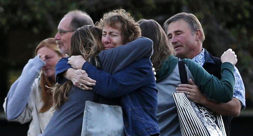 ► 1 de octubre de 2015 | Un joven de 26 años mató a una decena de estudiantes de la Universidad de Umpqua, en Oregon. El asaltante, identificado como Chris Harper Mercer, murió durante un intercambio de disparos con la policía.