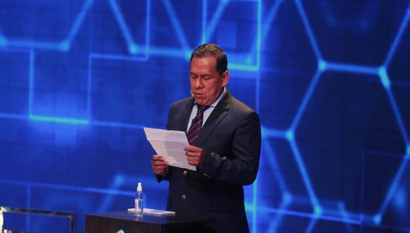 José Vega se retiró del debate presidencial del JNE. (Foto: Mario Zapata Nieto / @photo.gec)