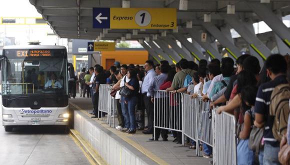 Protransporte rechazó que hayan ocurrido despidos masivos en el Metropolitano y recordó que el sistema es operado por cuatro empresas. (Imagen referencial/Archivo)