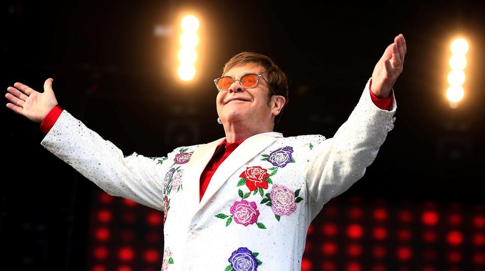 Elton John en el primer concierto del año que ofrece en el Reino Unido. (Foto: Reuters)