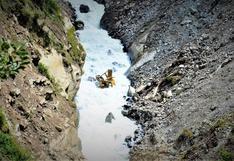 Cusco: maquinaria pesada cayó por abismo cuando rehabilitaba vía bloqueada | FOTOS