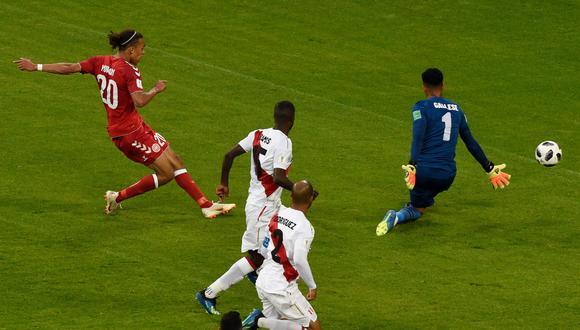 Perú vs. Dinamarca: Poulsen anotó el primer gol de los daneses en el Mundial Rusia 2018. (Foto: AFP)