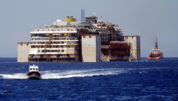 Costa Concordia emprende viaje a Génova para ser desmantelado