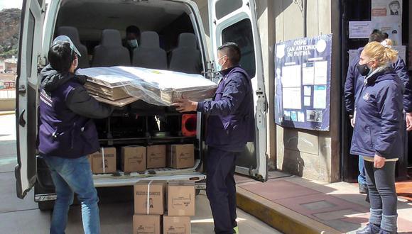 La Policía Nacional y el personal de la Unidad de Desactivación de Explosivos (Udex), se encargaron de la seguridad en el traslado de este material. (Foto: Archivo GEC)