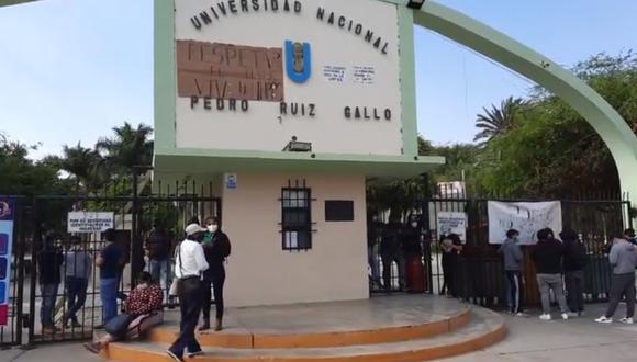 Lambayeque: Estudiantes toman universidad Pedro Ruiz Gallo tras juramentación de nuevo rector interino (Foto: captura de pantalla | RPP)