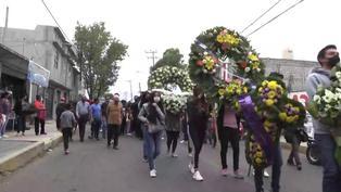 El último adiós a víctimas de accidente de metro en México