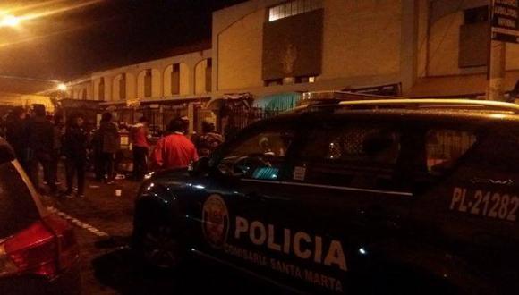 Arequipa: delincuentes se ocultan en mercado tras robar joyería