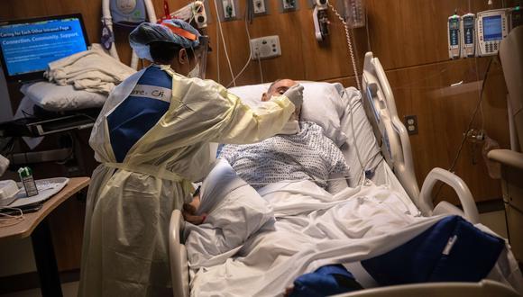 """""""Cuando llegué, las otras enfermeras dijeron que parecía una zona de guerra"""" cuenta la enfermera Susan Yowell sobre su experiencia en un hospital de Brooklyn, Nueva York. (Foto referencial: John Moore/Getty Images/AFP)."""