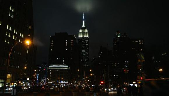 Apagar las luces de casa y dejar de usar aparatos eléctricos durante una hora es sencillo. (Foto: EFE)