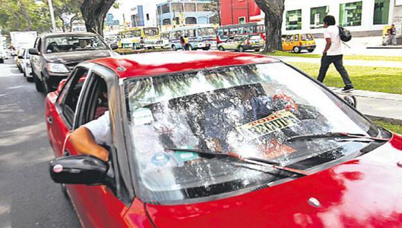 Los autos particulares sí podrán ir por la Av. Arequipa