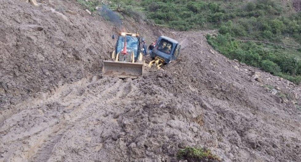 Autoridades de los distritos afectados solicitan maquinarias para restablecer el tránsito en las carreteras. (Foto: COER Áncash)