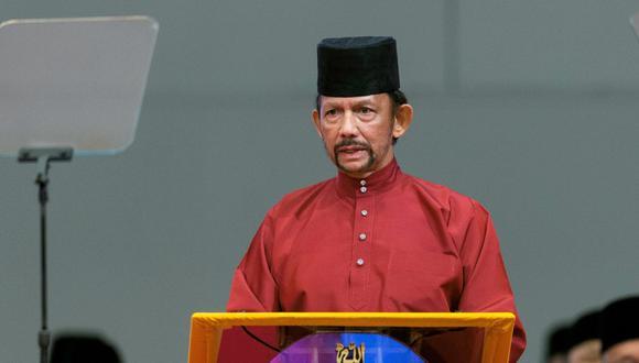 El sultán Hassanal Bolkiah apoya la pena de muerte por lapidación a homosexuales y adúlteros. (EFE).