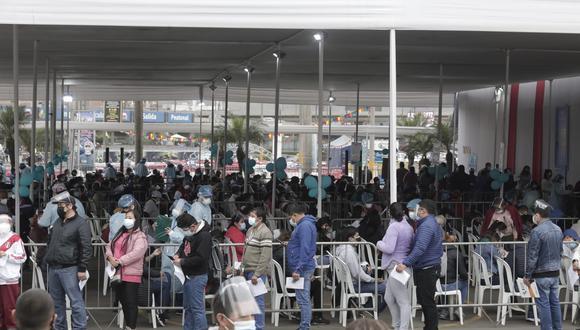 La entidad ha puesto a disposición de la ciudadanía la línea 107 para absolver cualquier inquietud al respecto. (Foto: Jéssica Vicente/referencial)