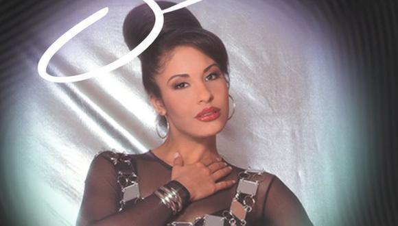 Después de su cruel asesinato, a manos de la presidenta de su club de fans Yolanda Saldívar, Quintanilla se convirtió en una leyenda (Foto: Selena / Instagram)