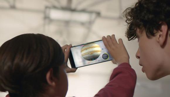 Google desarrolla celular con software de realidad aumentada