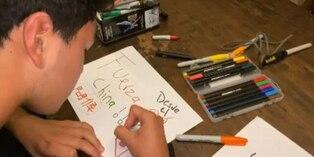 Coronavirus: joven peruano se suma a mensajes de apoyo para China