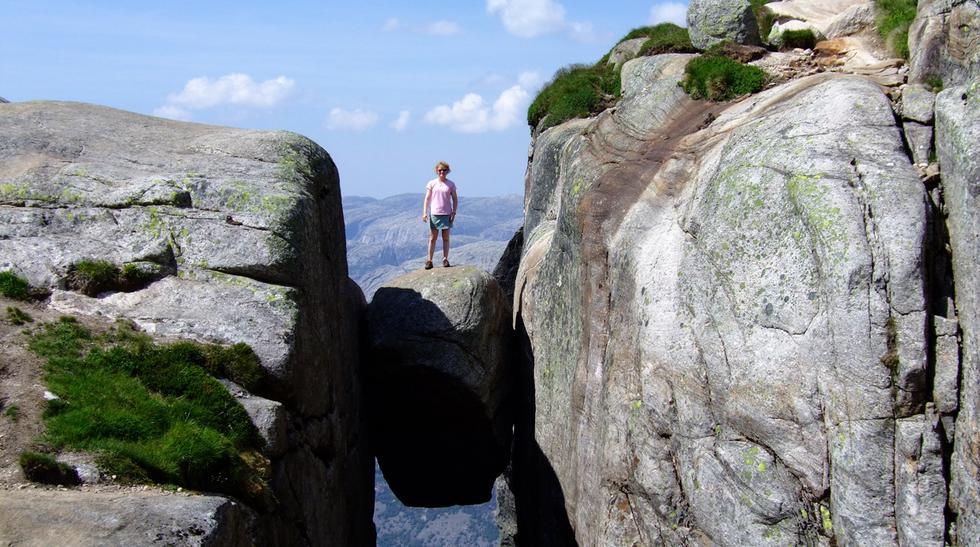 ¿Te atreverías a pararte sobre esta roca? Conoce Kjeragbolten - 1