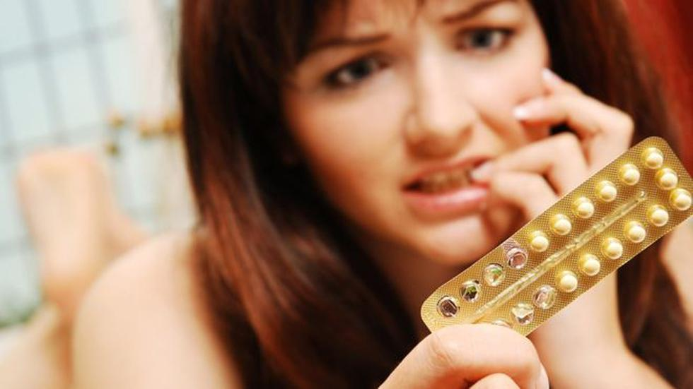Algunas mujeres deciden tomar la píldora sin receso, para evitar la menstruación y los dolores menstruales. (Foto: Getty Images)