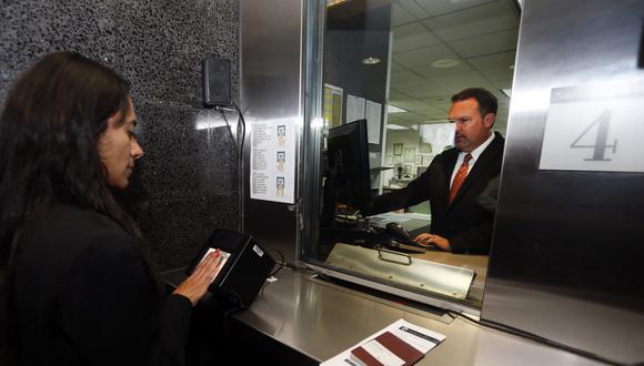 Para la entrevista, las personas deben llevar el formulario DS-160 y su pasaporte. (Foto: archivo/ GEC)