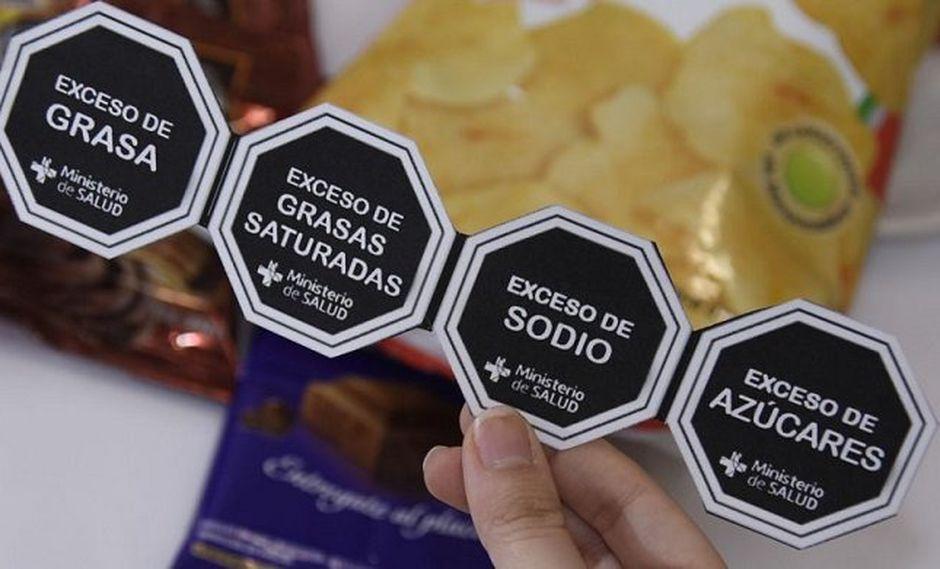 Los octógonos indican información sobre la azúcar, grasas, sal y grasas trans en los alimentos. (Foto: GEC)