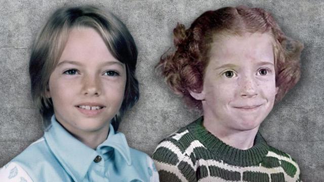 Lisa Montgomery y su media hermana Diane Mattingly. (LISA MONTGOMERY ATTORNEYS / CBS).