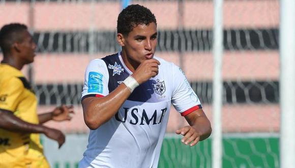 FBC Melgar quiere cuanto antes al reemplazante de Emanuel Herrera y parece haberlo encontrado. Se trata del joven delantero nacional Alexander Succar. (Foto: USI)