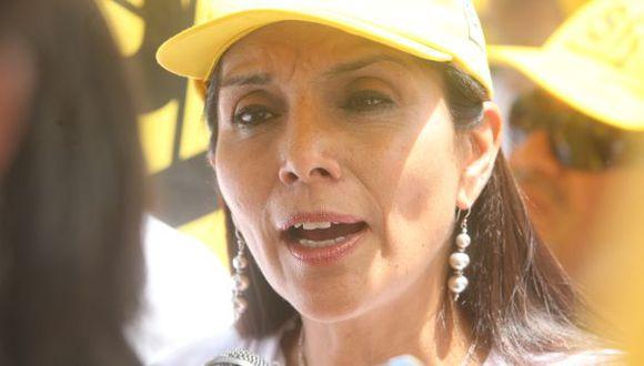 Juárez negó que Castañeda haya falseado datos sobre su carrera