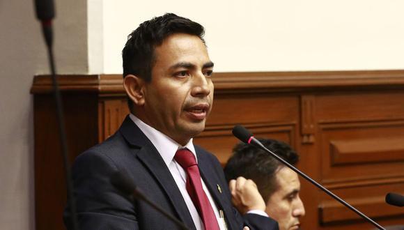 """El legislador César Gonzales Tuanama (Somos Perú) consideró que, anteriormente, la Comisión de Ética """"lo único que hacía era tapar los casos"""". (Foto: Congreso de la República)"""