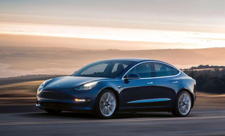 A pesar de la sorprendente marca, el dueño del Tesla Model 3 planea batir un nuevo récord de 960 km de autonomía. (Foto: Twitter).