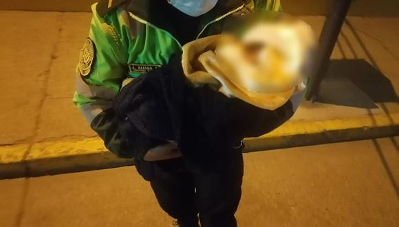 La Policía Nacional intervino a la mujer que abandonó a su hija recién nacida | Foto: PNP